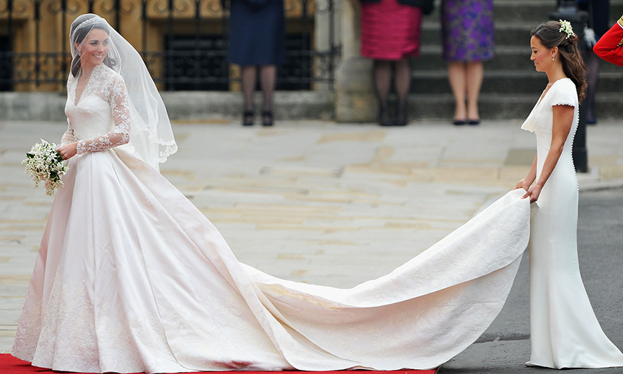 <h3>THE DUCHESS OF CAMBRIDGE AND PIPPA MIDDLETON</h3><p>It was the moment seen around the world when Pippa Middleton proved to be her big sister Kate's perfect complement as she played bridesmaid at the Duchess of Cambridge's wedding to Prince William in 2011. Being part of one of history's grandest wedding ceremonies, before an audience running into the hundreds of millions, was just another chapter in lives which have been completely intertwined since Kate and Pippa attended the same schools, joined the same Brownie packs and attended the same children's parties as little girls growing up in Berkshire, England.</p><p>Photo: © Getty Images</p>