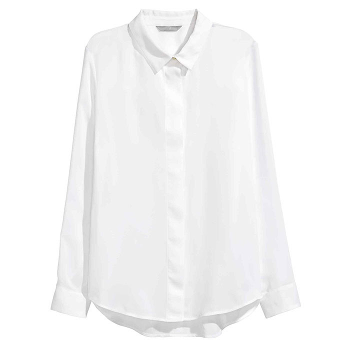 <p>Long-sleeved blouse in white, $30, <em>hm.com</em></p>