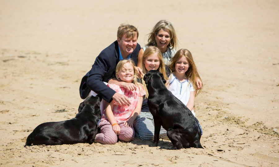 "<h2><strong>King Willem-Alexander and Queen Maxima of the Netherlands</strong></h2><p>In addition to having three beautiful daughters, Princess Ariane, Princess Amalia and Princess Alexia, the king and queen of the Netherlands are also parents to two gorgeous black Labs.</p><p><span class=""copyright"">Photo: &copy; Getty Images</span></p>"