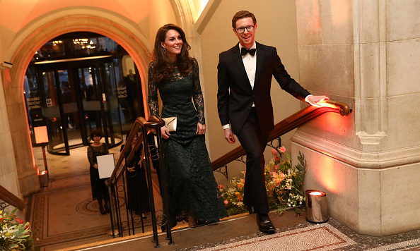 <p>Kate was greeted by National Portrait Gallery Director Nicholas Cullinan and warmly welcomed to the museum.</p><p>Photo: &copy; Getty Images</p>
