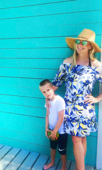 Reese Witherspoon posted a photo with son Tennessee during their family holiday.