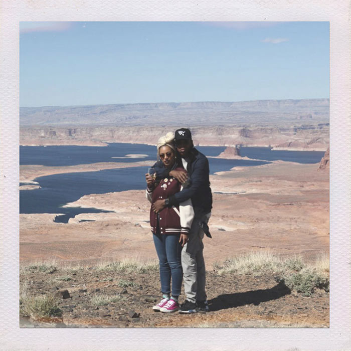 Beyoncé and Jay Z captured a number of photos together, with the Grand Canyon providing the stunning backdrop for their celebrations.