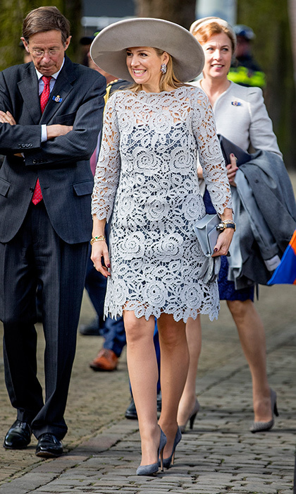 Queen Maxima of the Netherlands was lovely – and leggy! – in lace as she opened a Chinese porcelain exhibition at the Prinsenhof Museum in Delft.
