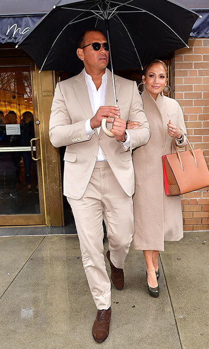 <h3>Jennifer Lopez and Alex Rodriguez</h3><p>Is fashion the new body language? New super couple Jennifer Lopez and Alex Rodriguez looked fashionably in sync when they stepped out recently in New York. </p><p>Photo: &copy; Getty Images</p>