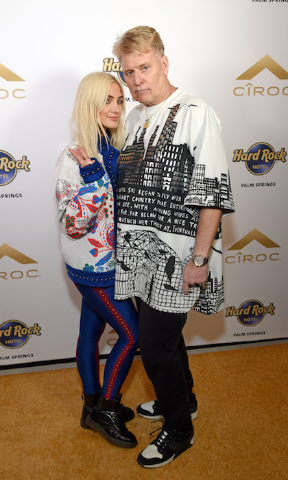 Ashlee's dad Joe Simpson also got into the festival spirit.