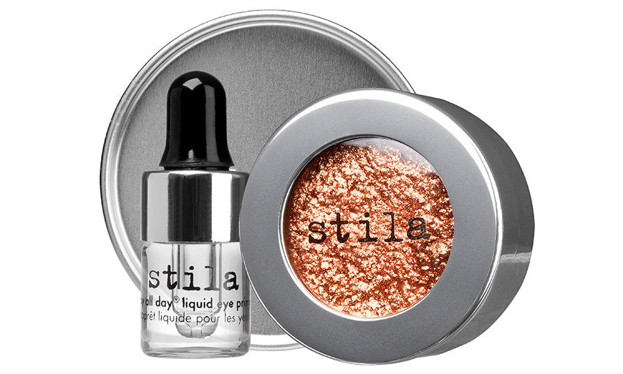 <p>Stila Magnificent Metals Foil Finish Eye Shadow in Comex Copper, $42, at Shoppers Drug Mart, Murale and Sephora,  <em>beautyboutique.ca</em></p>