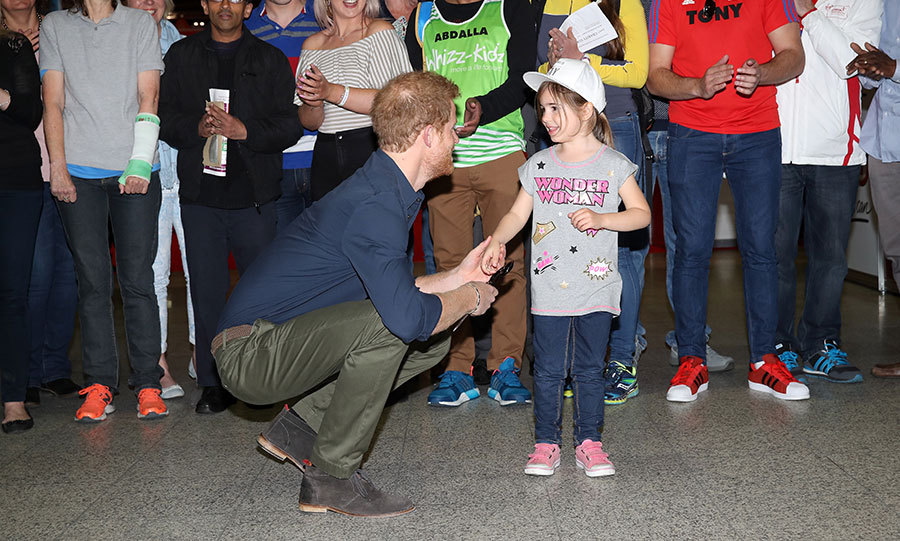 Prince Harry has officially opened this year's London Marathon expo - and he received a little help from a five-year-old girl. On Wednesday, the 32-year-old delighted crowds when he officiated the marathon at London's ExCel Centre.