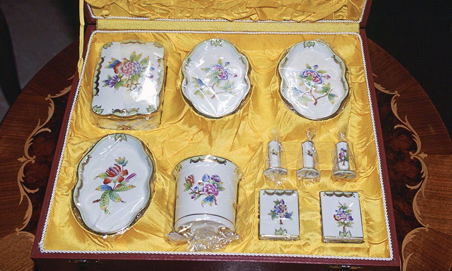 <h3>PORCELAIN DINNERWARE</h3><p>The Queen and Prince Philip embarked on a four-day visit to Hungary in 1993. Since it was the first time in 1,000 years that a British monarch had visited the nation, officials pulled out all the stops, hosting the royals at favoured Budapest restaurant Grundel and escorting them on a trip to the Great Hungarian Plain. Her Majesty received this porcelain dinner set as a gesture of gratitude for her visit.</p><p>Photo: &copy; Getty Images</p>
