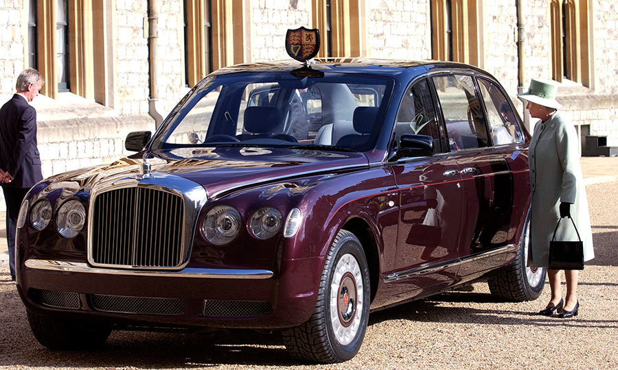 <h3>SHINY NEW WHEELS</h3><p>For the Queen's Golden Jubilee in 2002, Bentley Motors chairman and chief executive Franz-Josef Paefgen presented a new Bentley state limousine to Her Majesty at Windsor Castle. The royal ride, gifted on behalf of a consortium of British automotive manufacturing and service companies, was specially crafted for the Queen's use on state occasions. Fun fact: the Queen is the only person allowed to drive a vehicle on British roads without a driver's licence or a licence plate!</p><p>Photo: © Getty Images</p>
