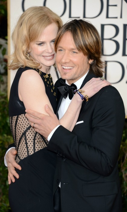 The lovebirds couldn't keep their hands to themselves at the 2013 Golden Globe Awards.