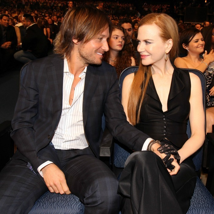 The couple acted like they were the only two in the room at the 2010 People's Choice Awards.
