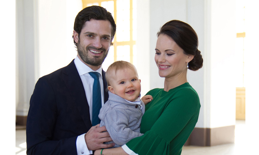 "<p><a href=""/tags/0/prince-alexander"" target=""_blank"">Prince Alexander</a> showed off his new teeth in a photo with his parents Prince Carl Philip and Princess Sofia. One month before the little royal turns one, his parents released this portrait to share the exciting news that they are expecting a sibling for their son in September 2017.<br />Photo: The Royal Court, Sweden</p>"