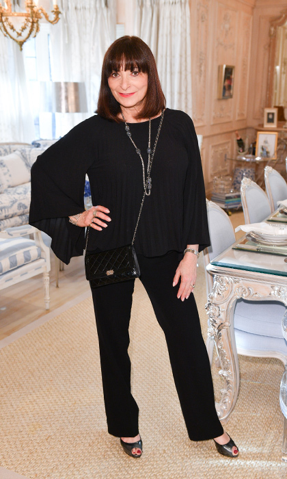 <h4>Suzanne Rogers Hosts Dinner with Emilia Wickstead</h4><p>Jeanne Beker</p><p>Photo: © George Pimentel Photography</p>