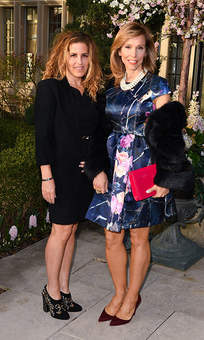 <h4>Suzanne Rogers Hosts Dinner with Emilia Wickstead</h4><p>PJ Hull and Dimitra Davidson</p><p>Photo: &copy; George Pimentel Photography</p>