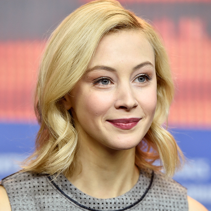 <h4>Sarah Gadon</h4>