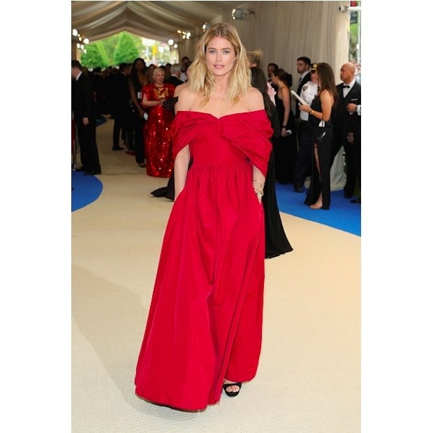 Doutzen Kroes in Brock Collection