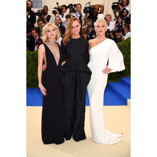 Naomi Watts, Stella McCartney and Kate Hudson in Stella McCartney
