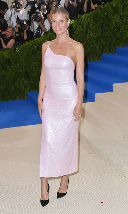 Gwyneth Paltrow once vowed to never attend the 'unfun' Met Gala again. But she made a dramatic U-turn on Monday night when she stepped out for the 2017 event. <p>The 44-year-old turned heads in a custom blush pink Calvin Klein dress featuring a thigh-high split, which she teamed with a pair of black heels. </p>
