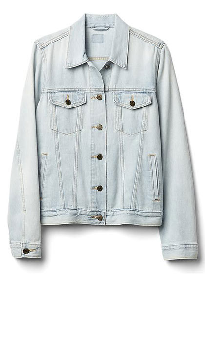 <p>Iconic Denim Jacket, $80, gapcanada.com</p>