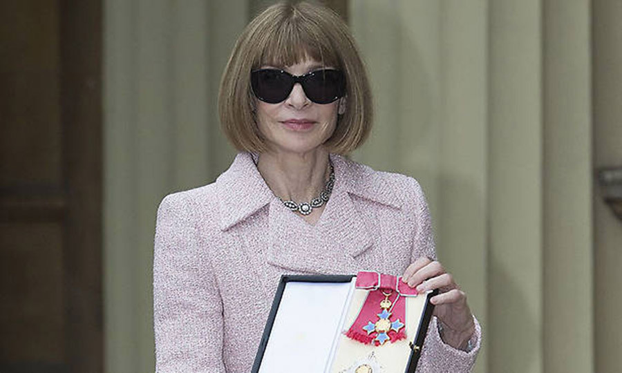 Anna Wintour Made A Dame By The Queen At Buckingham Palace