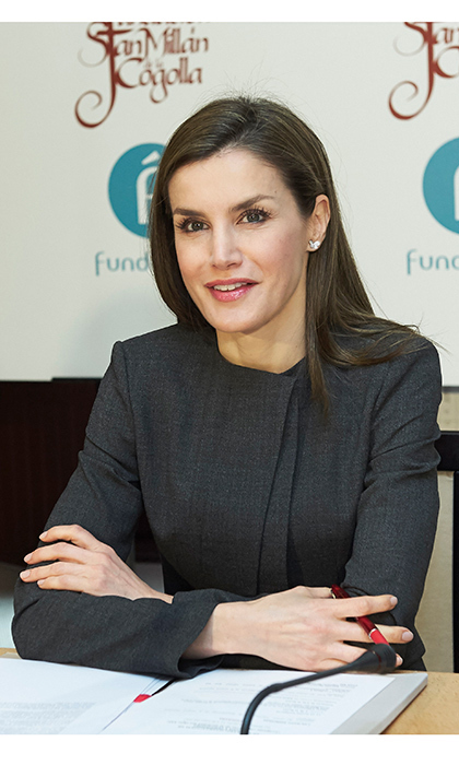 And we're on the air! Former news anchor Queen Letizia of Spain celebrated her roots at the 12th International Seminar of Language and Journalism in San Millan de la Cogolla, Spain on May 3.