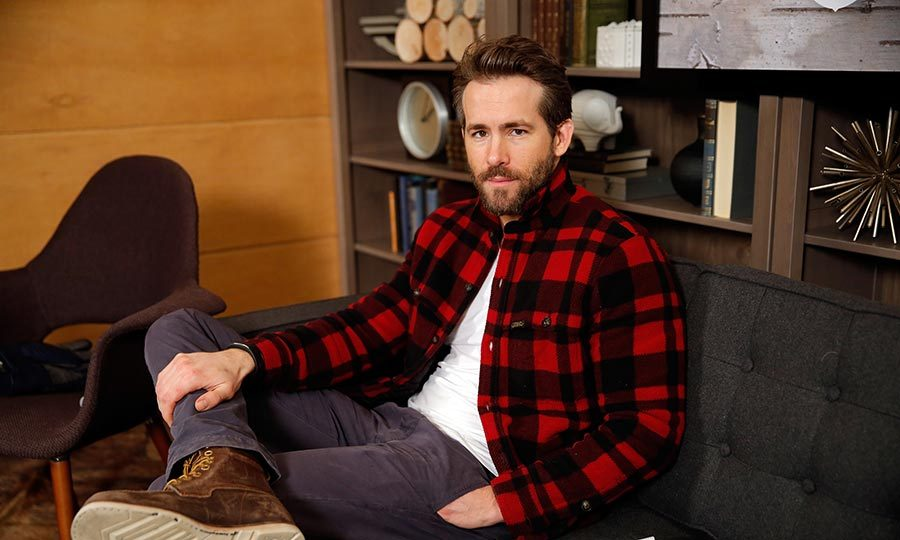 <h2>RYAN REYNOLDS</h2>