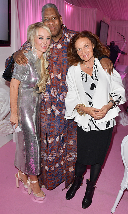 <h3>Suzanne Rogers Presents...</h3>