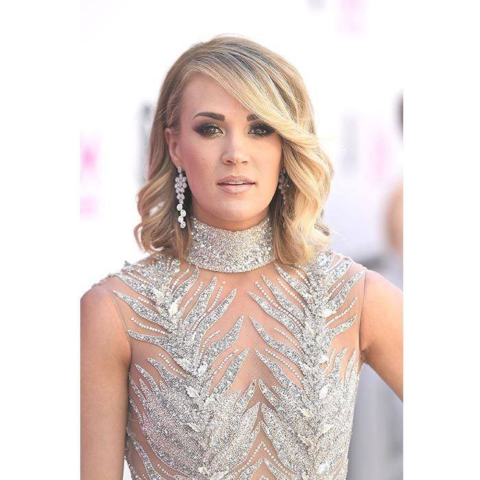 <h2>Carrie Underwood</h2>
