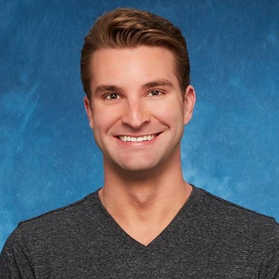 <h2>Jonathan</h2>