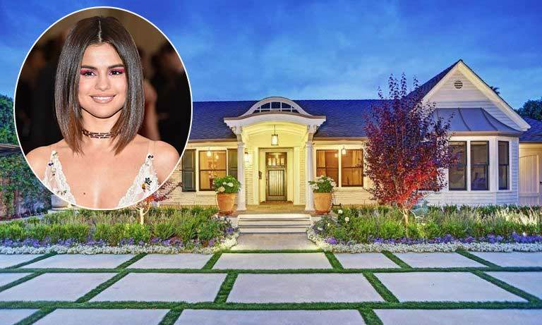 Selena Gomez has had an incredible start to the year that has seen her work on the hit Netflix show <em>13 Reasons Why</em> and find love with singer The Weeknd. 