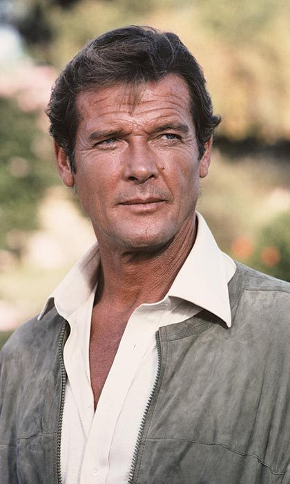 <h4>Roger Moore</h4>