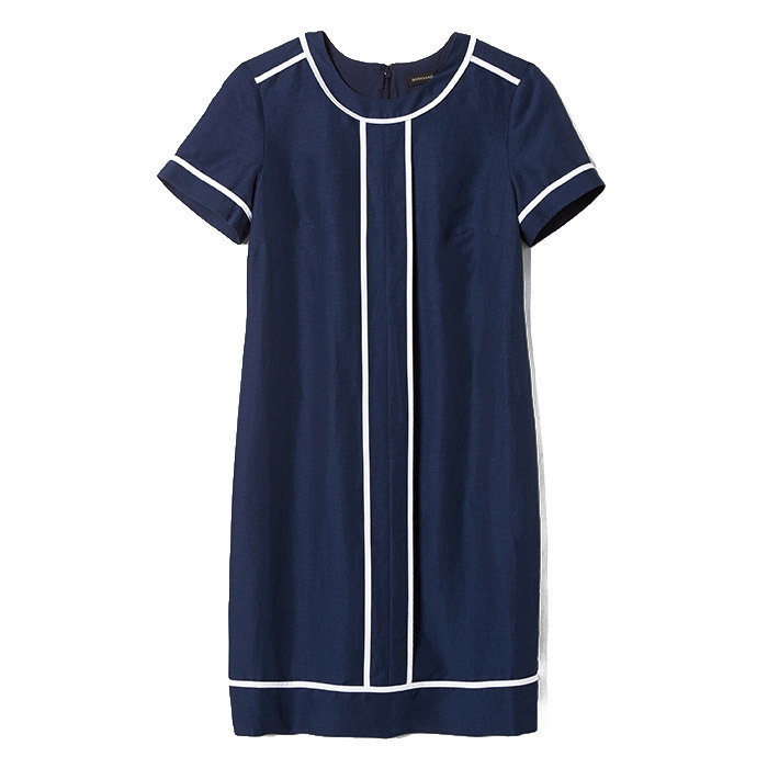 <p>Piped Navy Shift Dress, $170, <em>bananarepublic.ca</em></p>