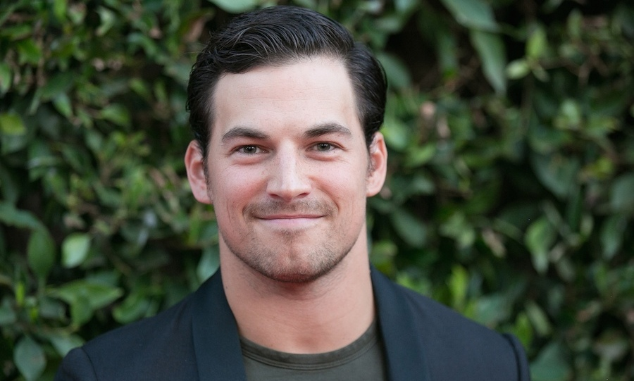 Giacomo Gianniotti Directs Sidny And Anthony Kalabrettas New Music