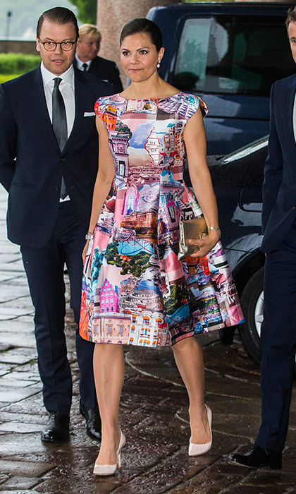 Crown Princess Victoria of Sweden wore a graphic  print dress to an official dinner with the Danish royals at Stockholm City Hall.