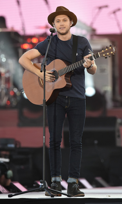 "One Direction star Niall Horan was next on the line-up, and performed his solo songs ""Slow Hands"" and ""This Town."" Before introducing the song Niall paid tribute to the people of Manchester for always making him feel welcome, and added: ""We love you, we're with you, the whole world is watching and I want to dedicate this song to you.""