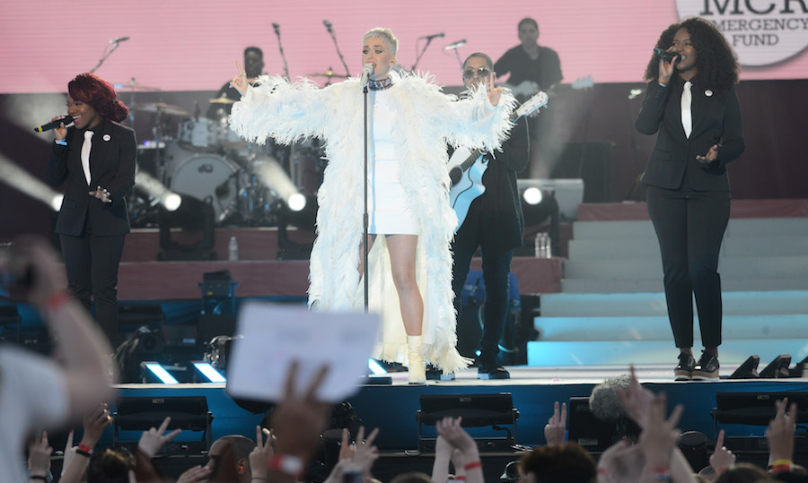"Katy Perry had the audience roaring during her performance of ""Piece of Me"" and ""Roar.""