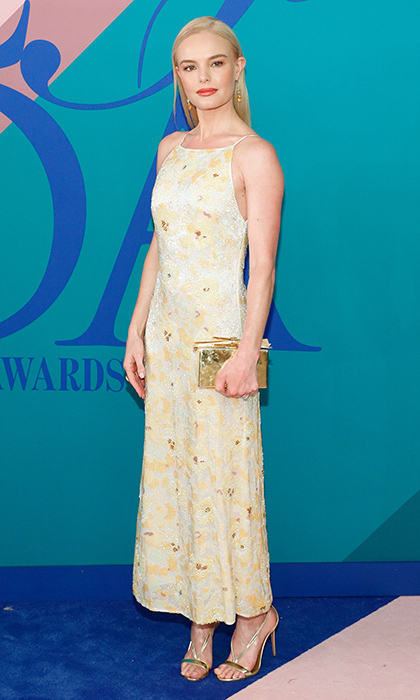 Kate Bosworth chose this 1990s-inspired look by Brock Collection.