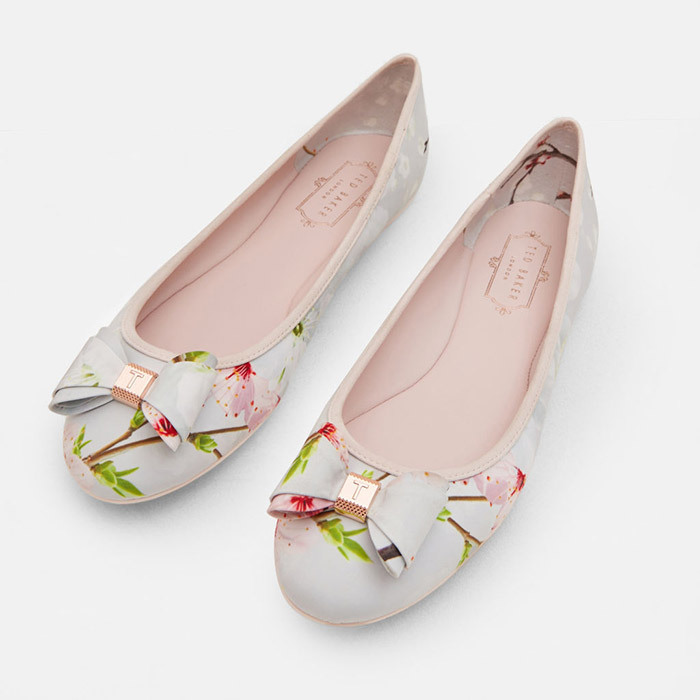 <p><strong>Immep Printed Bow Detail Pumps in Light Grey</strong>, $145, <em>tedbaker.ca</em></p>