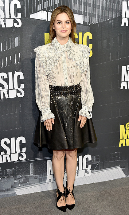 Actress Rachel Bilson donned a studded leather skirt for the 2017 CMT Music Awards.