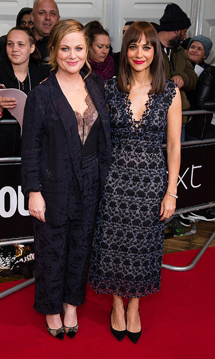 Amy Poehler and Rashida Jones teamed up on the red carpet at the Glamour Women of The Year awards 2017 at Berkeley Square Gardens in London, England on June 6.
