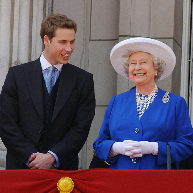 "<p>Back in 2003, the <strong><a href=""/tags/0/queen-elizabeth-ii"">Queen</a></strong> looked sensational in a patterned blue and white dress teamed with a royal blue jacket, white gloves and a white hat. Her trademark pearls accessorsied her vibrant outfit, and she looked a picture of happiness beaming from the balcony and sharing a joke with her grandson, <strong><a href=""/tags/0/prince-william"">Prince William</a></strong>.</p>