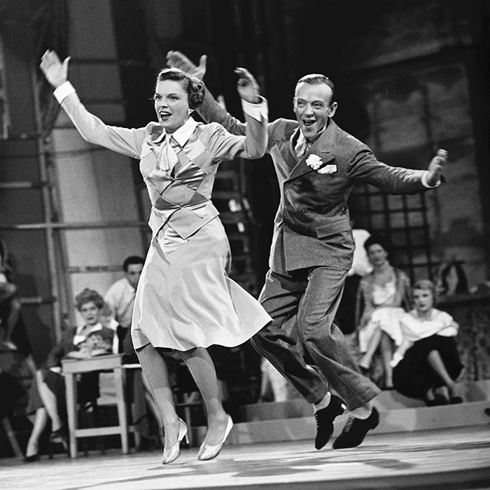 In 1946, Fred took a short break from acting to create a chain of successful dancing schools called <em>Fred Astaire Dance Studios</em>. The successful studios are now located all over the world. 