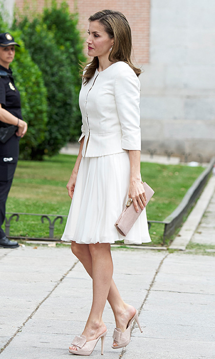 Letizia put her best foot forward in some on-trend mules at the 'Art of Educating' school program at El Prado Museum in Madrid on June 19.