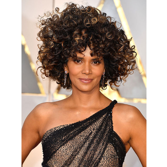 <h2>Halle Berry</h2>
