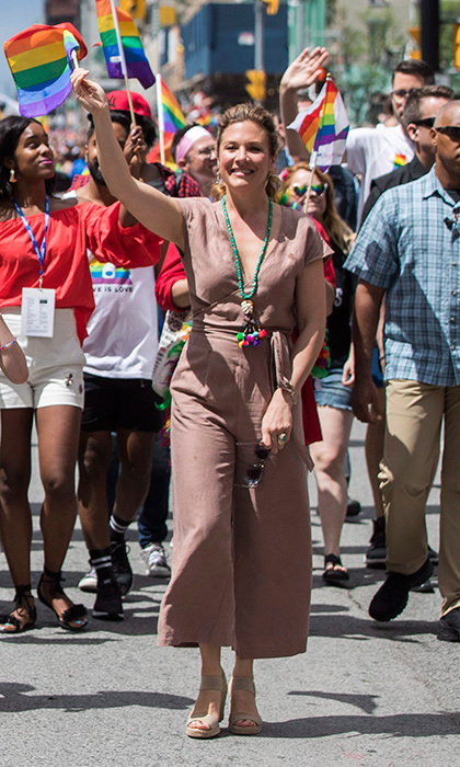 At the Toronto Pride Parade on June 25, Sophie strolled Yonge Street in a summery Aritzia jumpsuit and wedges from Browns. She complemented her look with Lissa Bowie earrings and a necklace by Cathy Belzberg. 