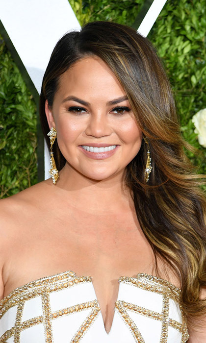 <h3>2. Chrissy Teigen</h3>