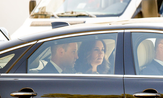Mr Car Shipper >> The Duke and Duchess of Cambridge pay solemn visit to concentration camp - Royal Tours - HELLO ...