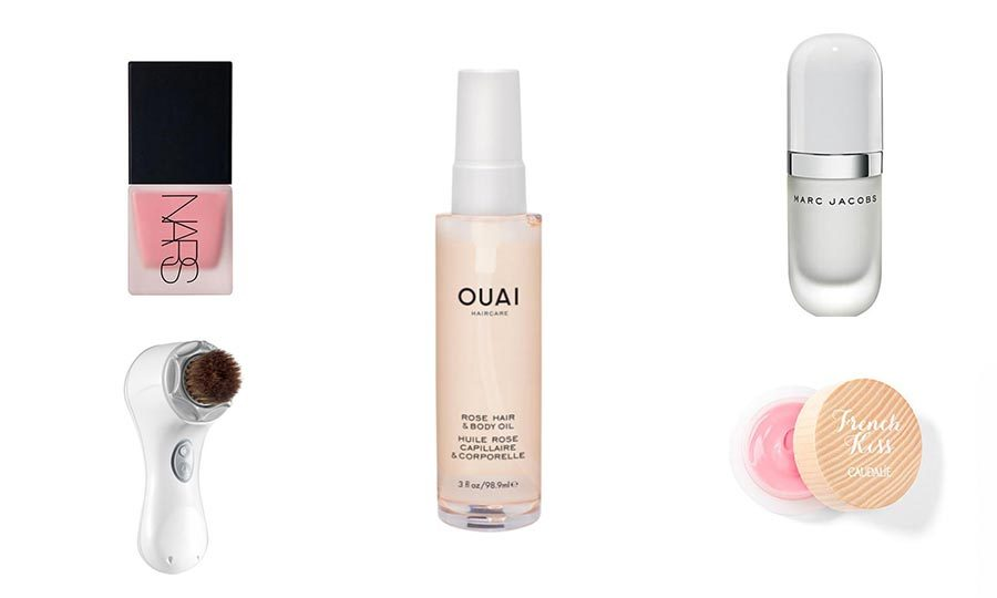 While we are still a few weeks away from fall, we hardly need an excuse to update our makeup bags. The truth is that you just never know when your fave beauty brand will team up with NYC's coolest bakery or when a new peel mask will send the online world into a tailspin. So why wait and risk the FOMO? Behold, 10 products the internet can't get enough of right this very minute. <em> -- By: Carly Ostroff, FLARE</em>