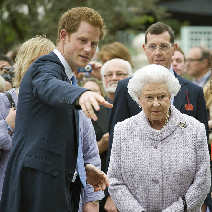 <h3>What's the protocol for a royal engagement?</h3>