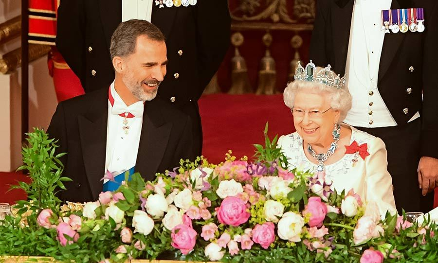 The Queen and King Felipe at a state banquet at Buckingham Palace.